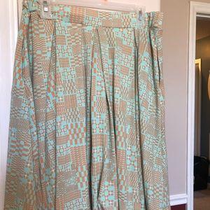 LuLaRoe Madison skirt size large EUC